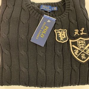 Polo cable sweater